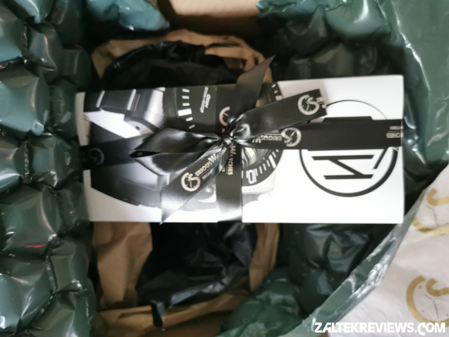 SeriousWatches Packaging