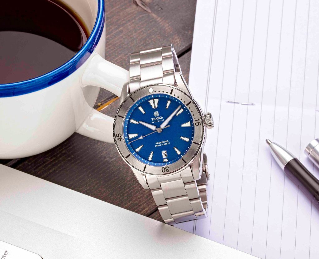 Blue Dial | Stainless Bezel | Date
