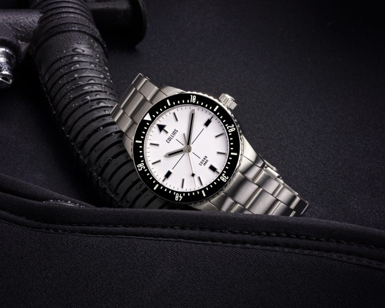 Collins Sonar | White (Lumed Dial)