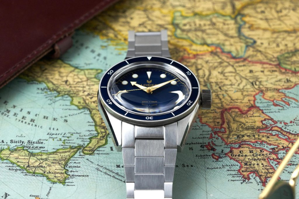 Neptune SIII Navy Blue/Gilt