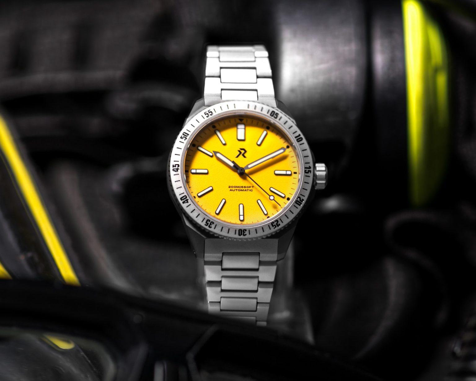 RZE Endeavour | Medallion Yellow