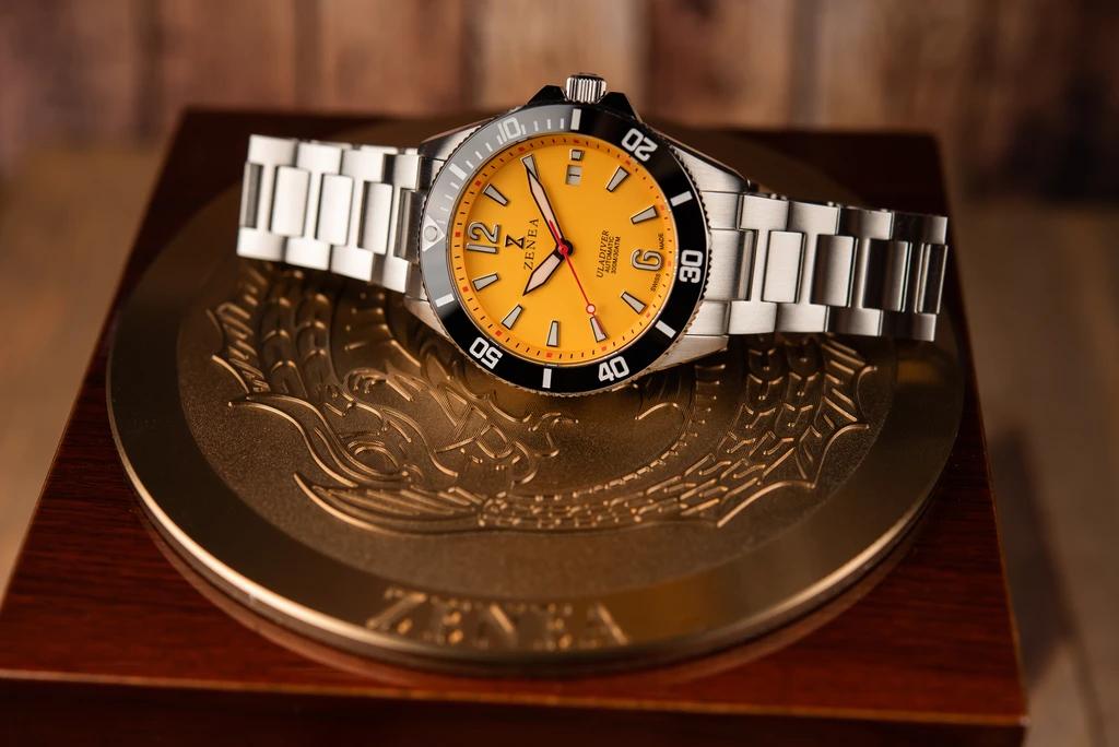 ZENEA Ula Diver | Ocean Hornet Yellow