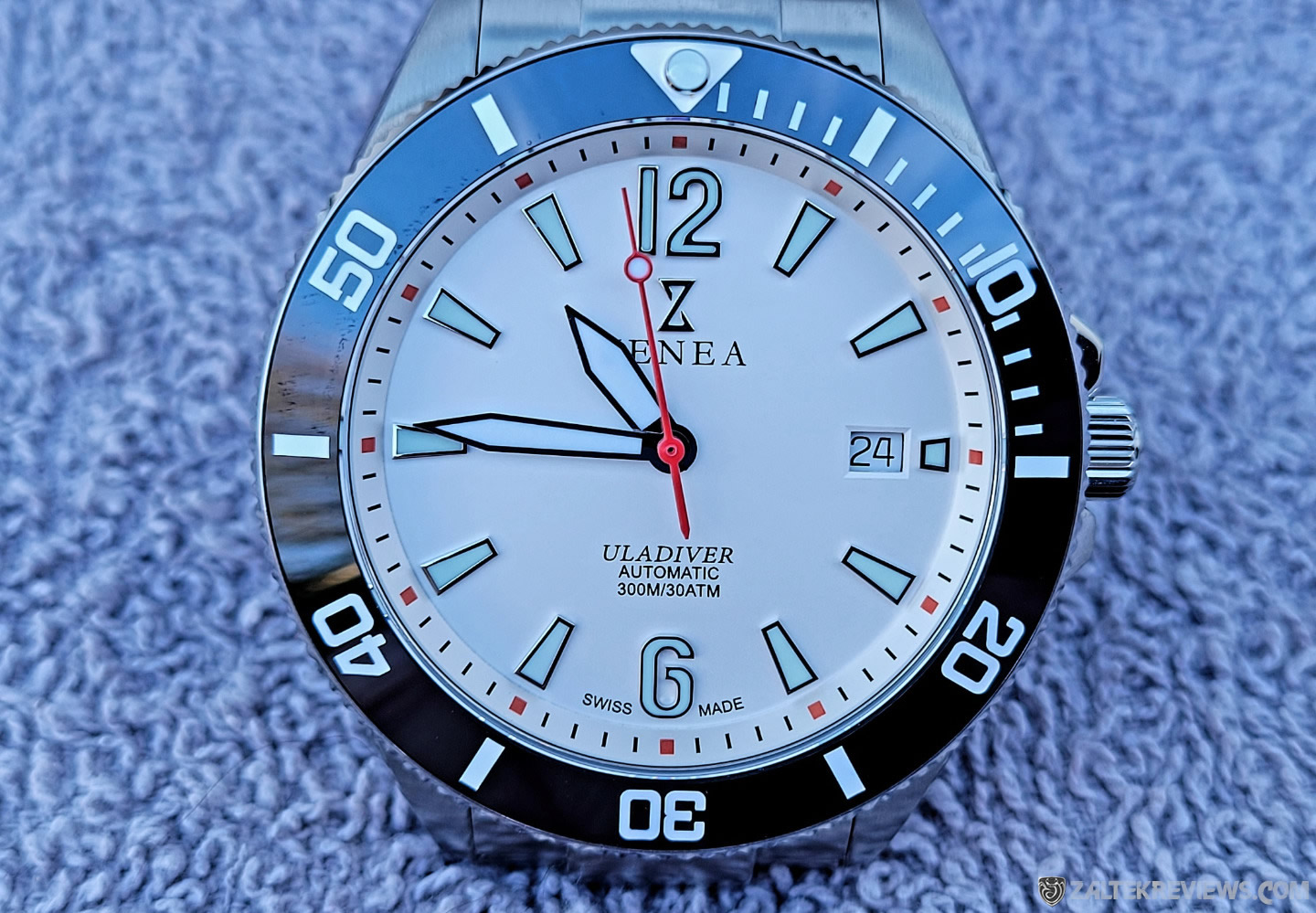 Zenea Ula Diver Review
