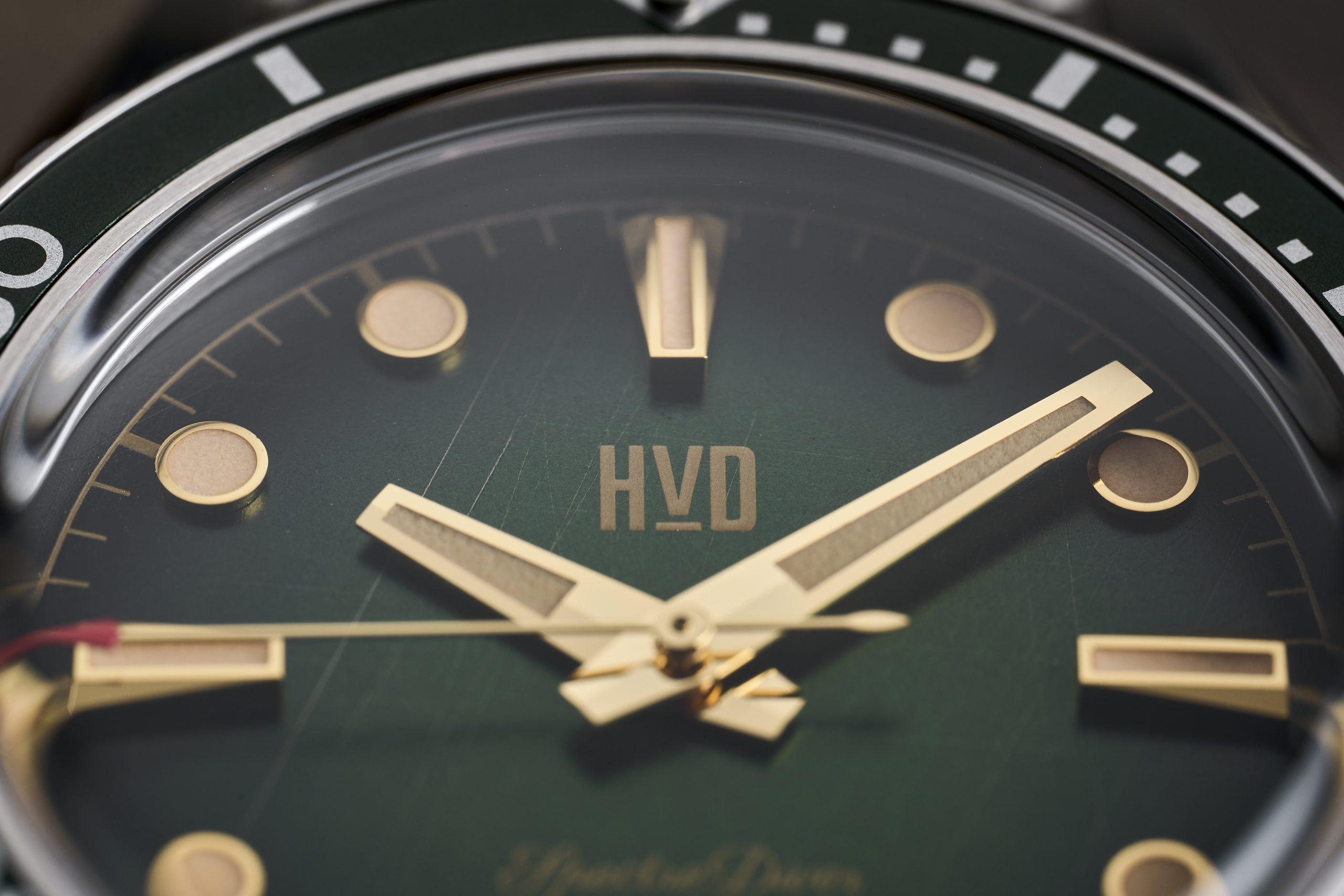HVD Handwound Vintage Design Spectre Diver Review Emerald Green