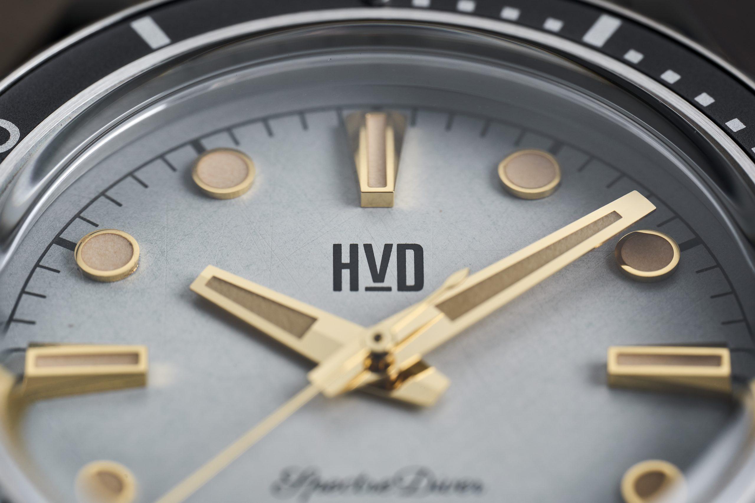 HVD Handwound Vintage Design Spectre Diver Review Moonstone White