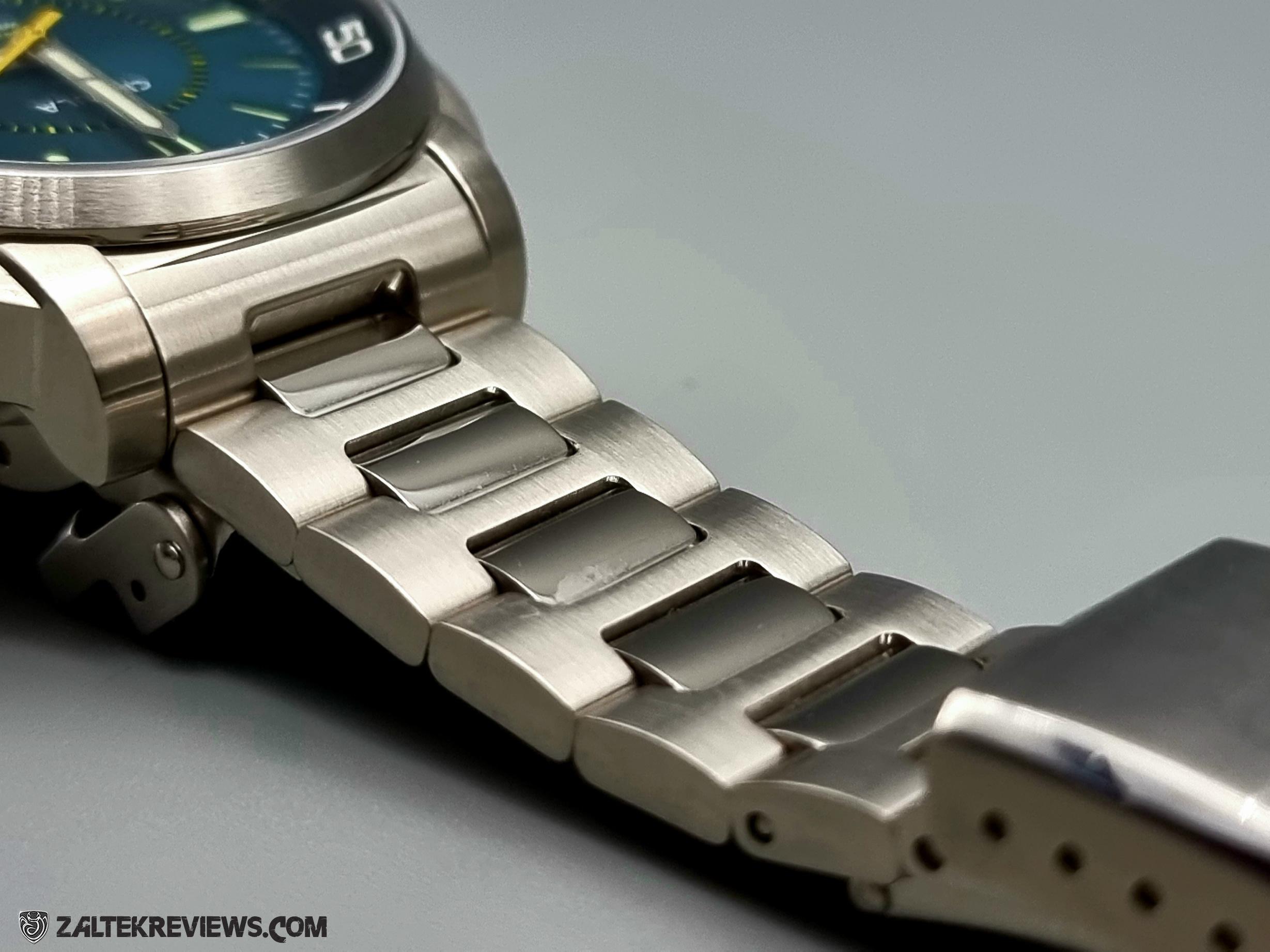 Circula SuperSport Super Compressor Dive Watch Review